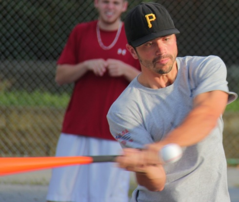 Questionable Outfit held off a late Ham Slams rally to complete a three-game sweep in the first round, advancing to the 2013 EWL Wiffle Series